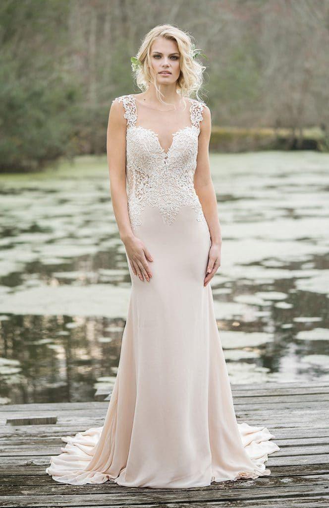 Mariée en robe Couture Nuptiale
